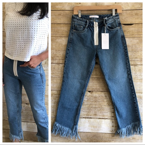 Zara Trafaluc Frayed Hem Zip Front Jeans NWT